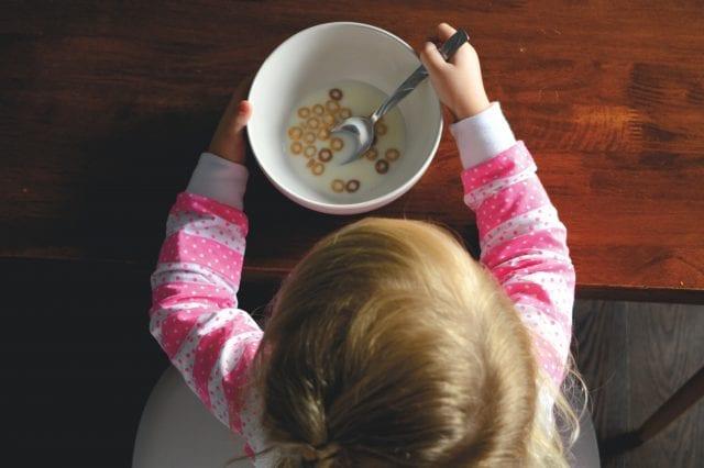 πρωινό και παιδιά