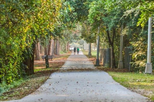 περπάτημα πάρκο