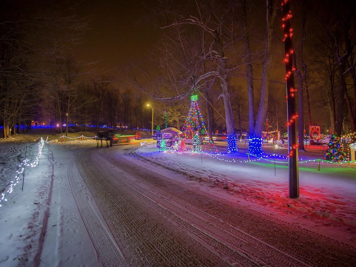christmas lights uxbridge