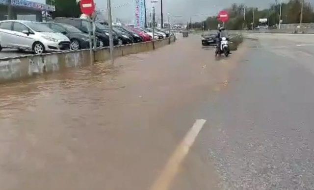 Αγρίνο πλημμύρα 26 01 agrinionews