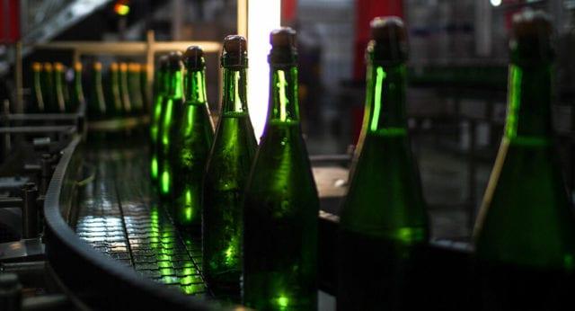 γυάλινο μπουκάλι