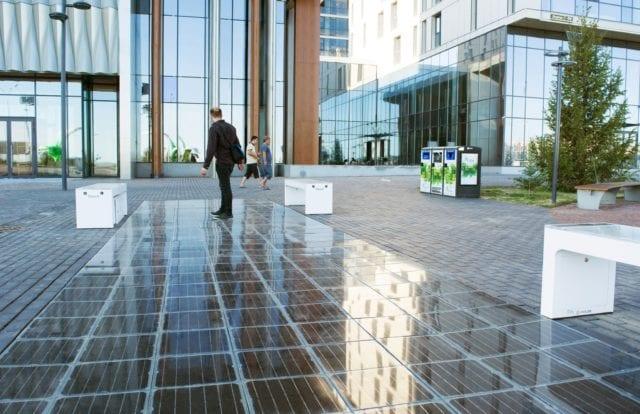 ηλιακά πεζοδρόμια