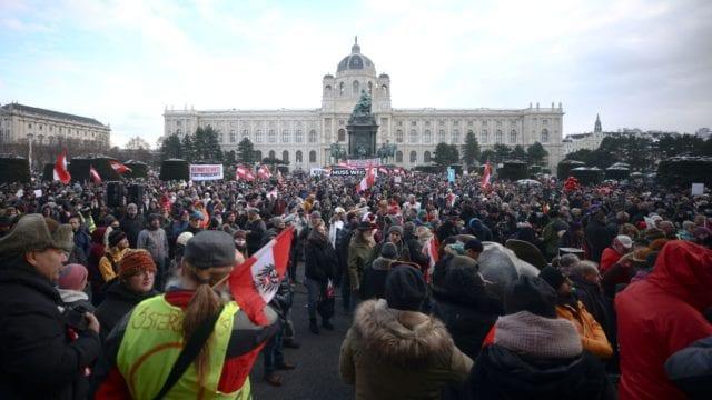 Βιέννη διαμαρτυρίες κατά των μέτρων προστασίας CGTN