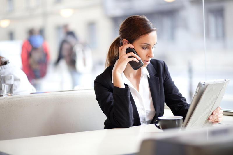κινητό εργασία γυναίκα
