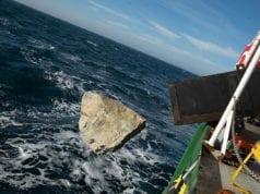 Greenpeace πέτρες