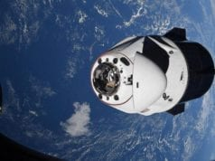 NASA Capsule returning to Earth 020521
