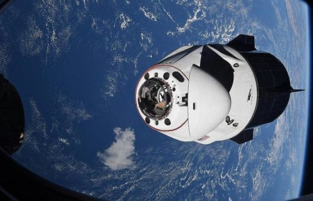NASA Capsule returning to Earth 020521