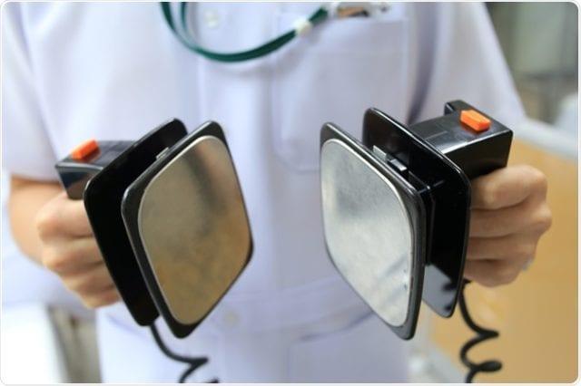 απινιδωτης defibrillator