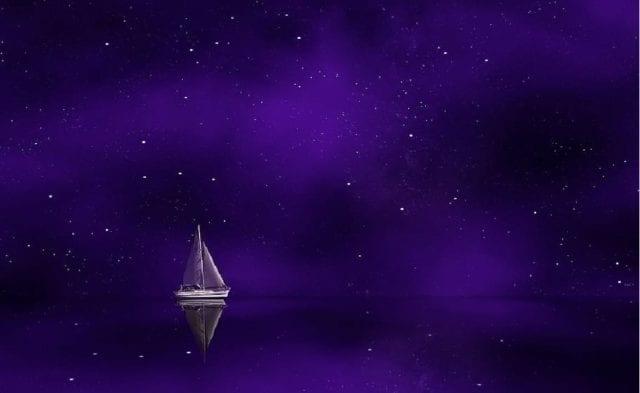 space sailing vessel