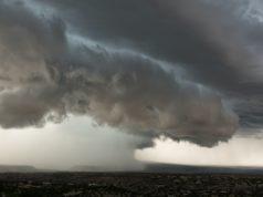καταιγίδα σύννεφα