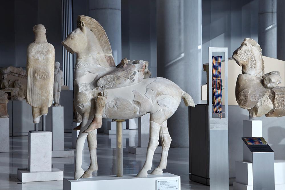 Άγαλμα ιππέα, Ο «Πέρσης» ή «Σκύθης» ιππέας. Ακρ. 606 Copyright Μουσείο Ακρόπολης. Φωτογραφία Γιώργος Βιτσαρόπουλος (1)